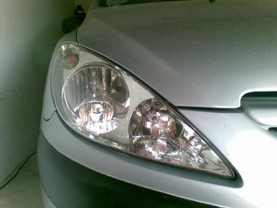 Peugeot 307  reflektor po regeneracji