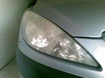 Peugeot 307  reflektor przed regeneracją